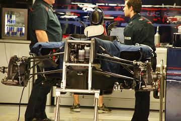 F1 JapaneseGP pitwalk (29).jpg