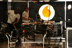 F1 japaneseGP pitwalk (13).jpg